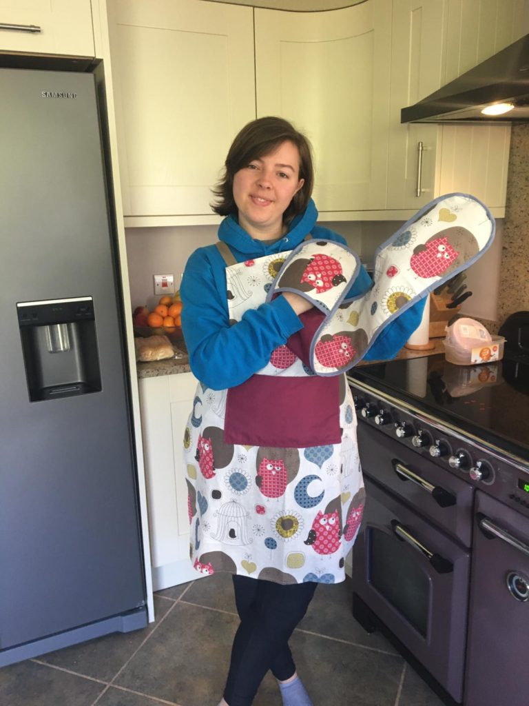 sewing projects - oven gloves and apron